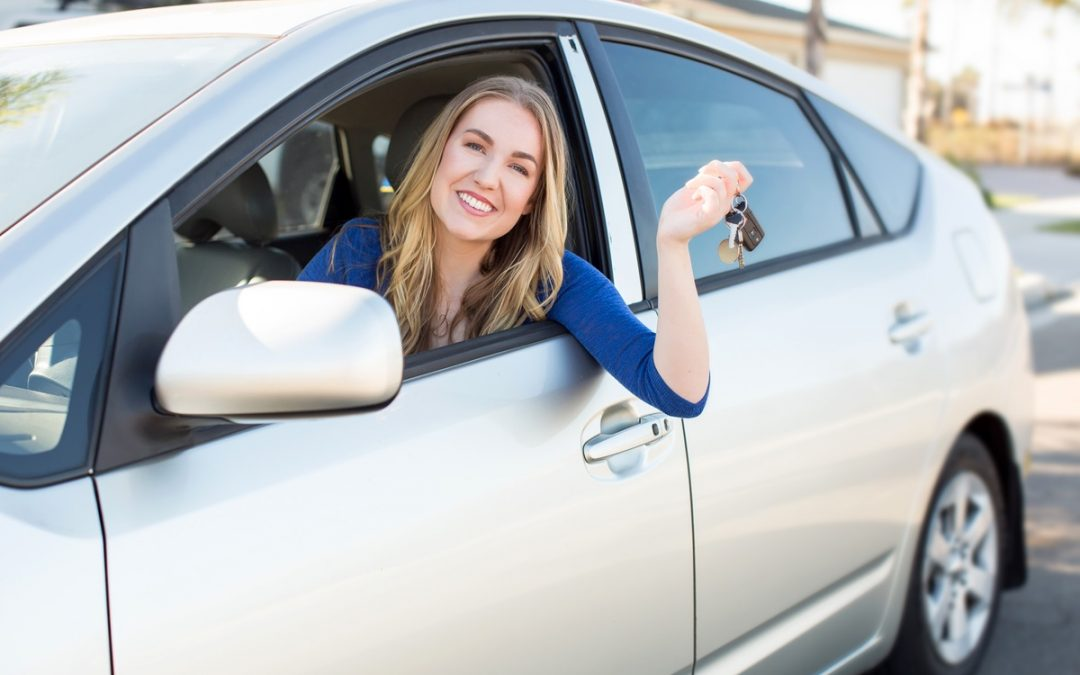 Things you should know while booking a car rental service